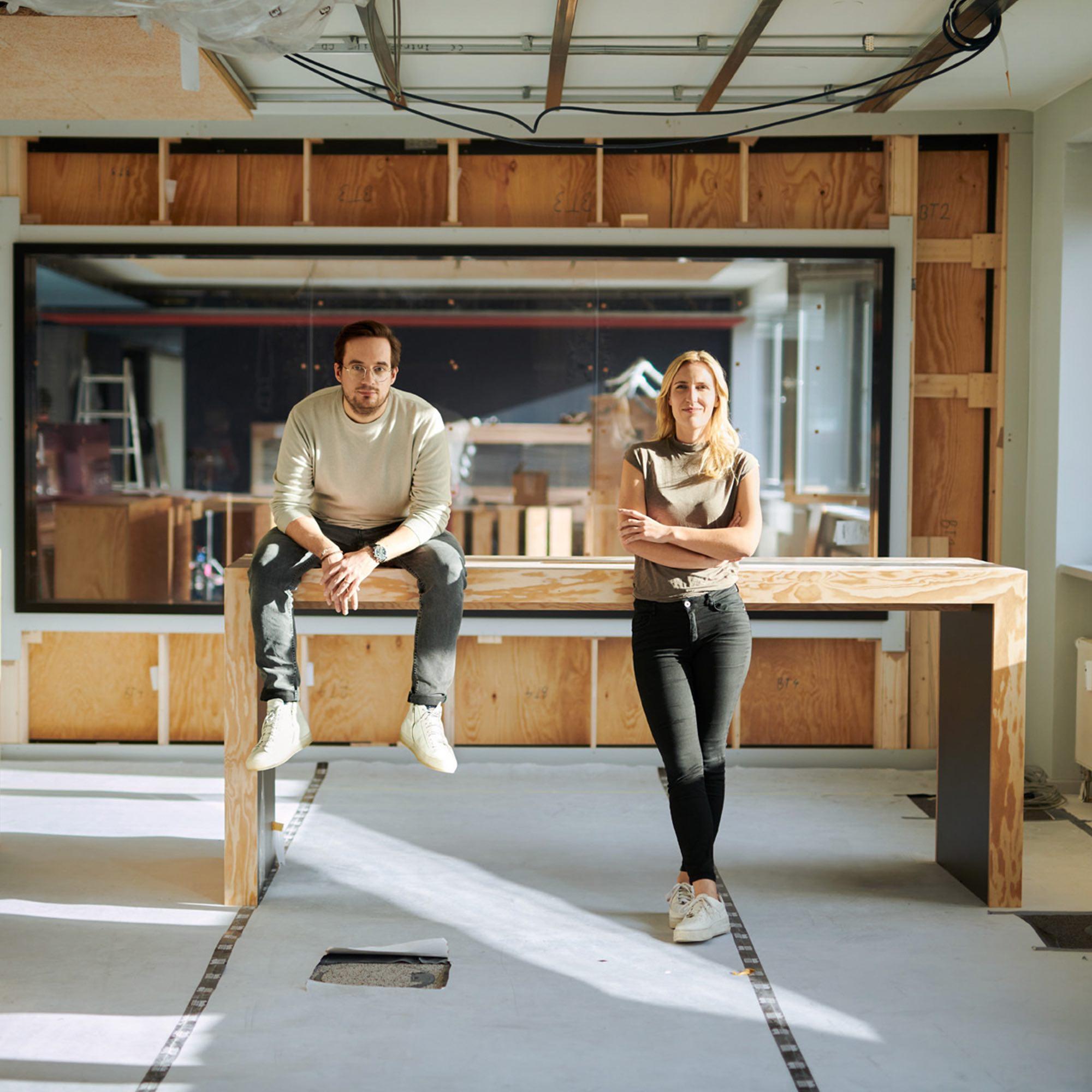 Milena Rottensteiner und Janosch Krug, Leitung Sparkassen Innovation Hub in der neuen S-Hub Location